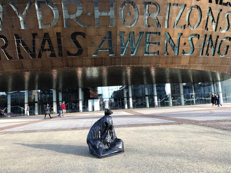 HOMELESS PEOPLE IN BIN BAGS SPOTTED AROUND CARDIFF FOR ART STUNT  - 29 NOV 2019